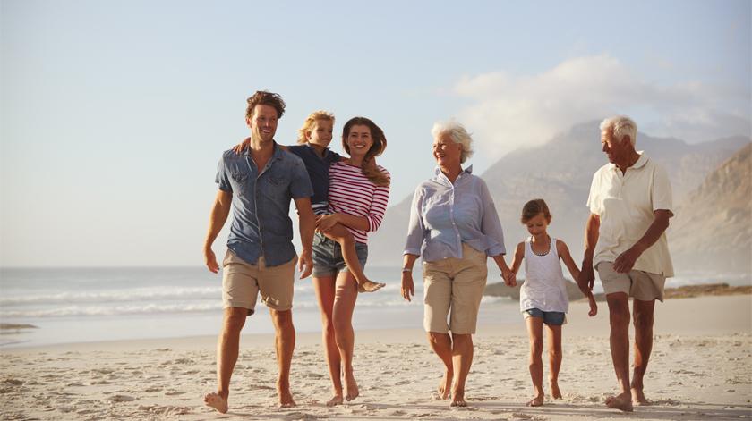10 conselhos para cuidadores de pessoas com Alzheimer aproveitarem o verão