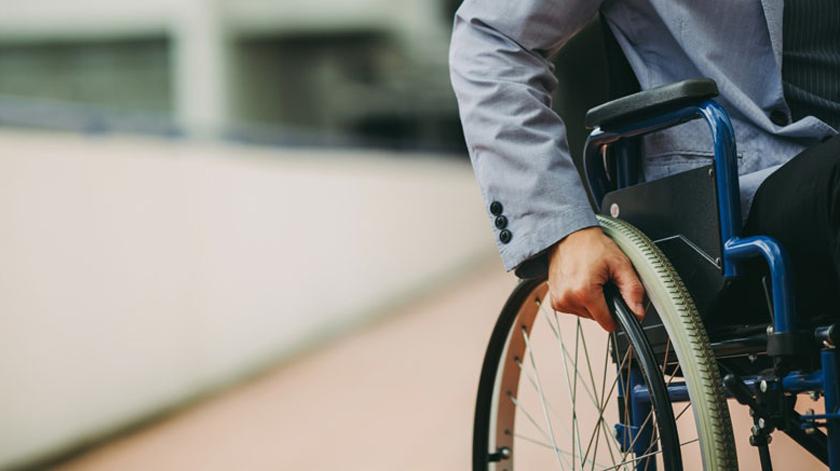 """Exposição """"A Minha Esclerose Múltipla Invisível"""" ruma ao Algarve"""