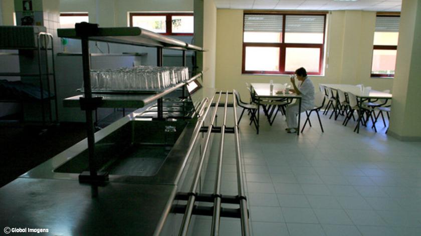 Hospitais públicos avaliam alimentação dos doentes internados