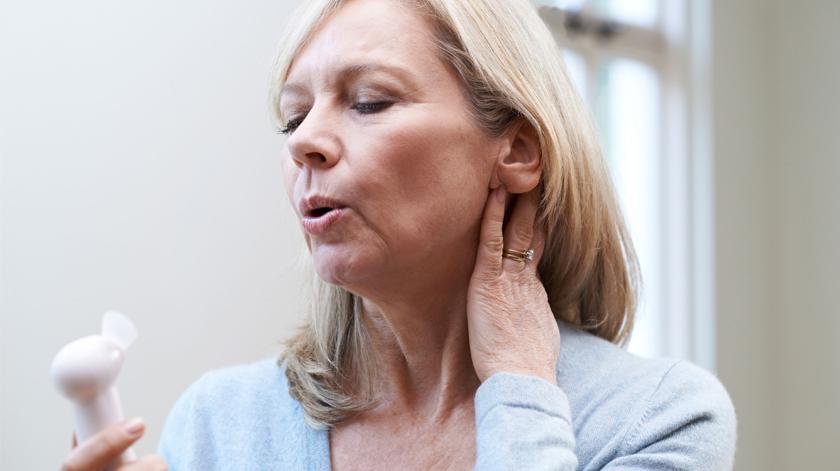 Novo procedimento médico pode atrasar a menopausa em 20 anos