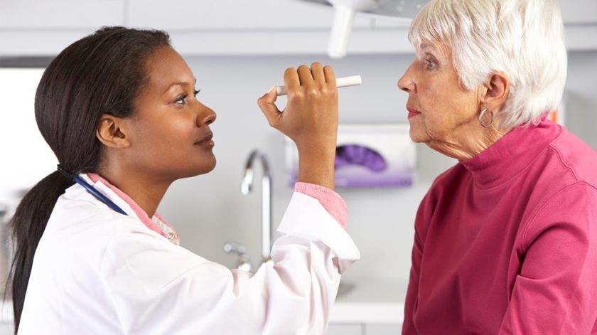Há quanto tempo não vai a um oftalmologista?