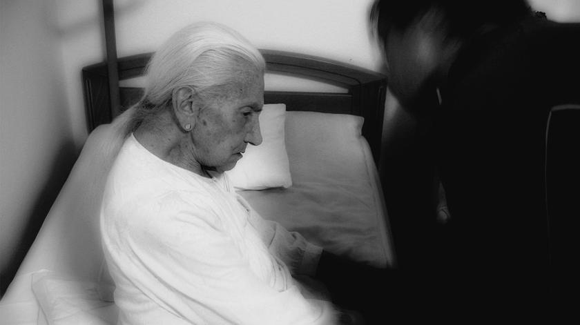 Estrogénio melhora sintomas da doença de Parkinson