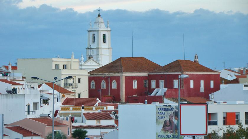 Biblioteca Municipal de Silves leva leitura a idosos de lar
