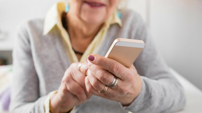 Como tornar o smartphone mais intuitivo para os idosos