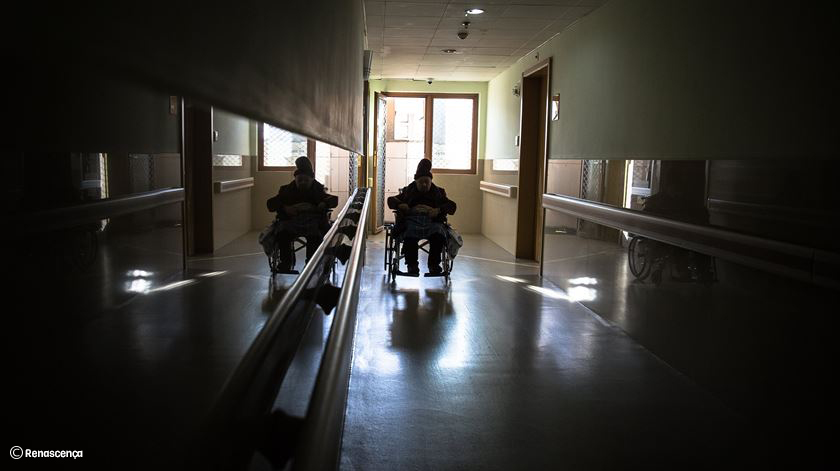 Apenas 10% dos lares clandestinos identificados pela Segurança Social são encerrados