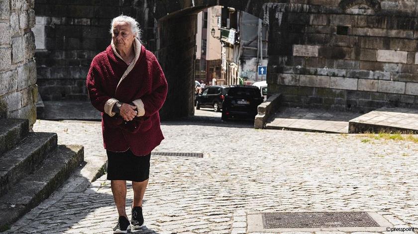 Estudo sobre mobilidade de idosos nas cidades do futuro