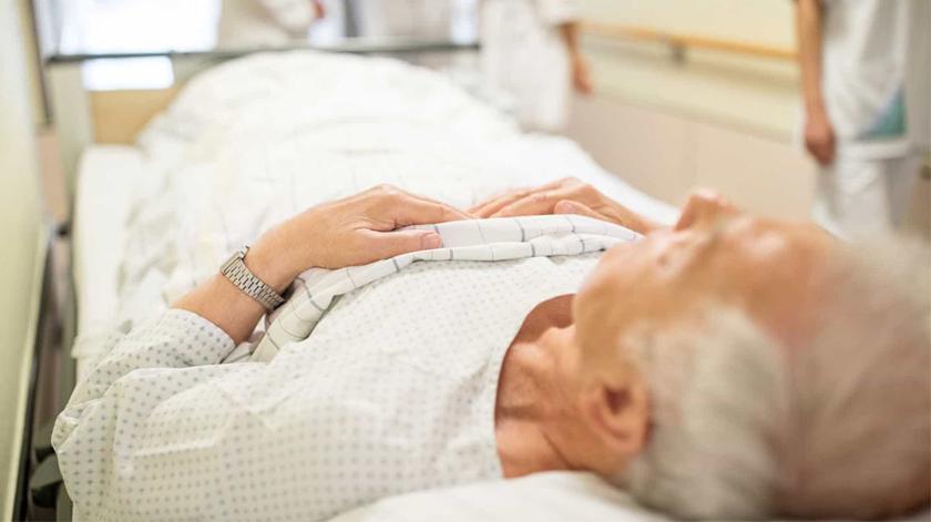 Hospitais podem cobrar por doentes abandonados