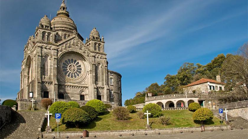 Câmara de Viana do Castelo distribui 20 mil máscaras a idosos e grupos de risco