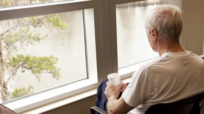Covid-19: Câmara de Mora contacta com idosos para prestar apoio