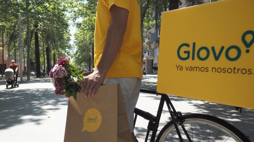 Glovo cria uma linha telefónica para dar apoio a idosos e facilitar pedidos de mercearias