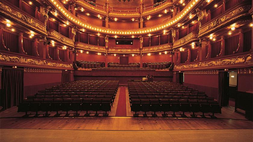 Teatros de Lisboa e do Porto com espetáculos dirigidos a profissionais de saúde