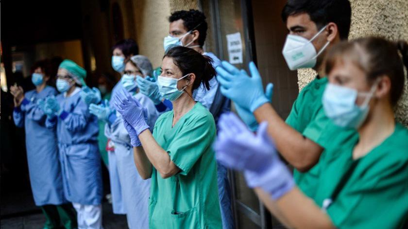 Portugal contratou 3900 profissionais de saúde desde o início da pandemia