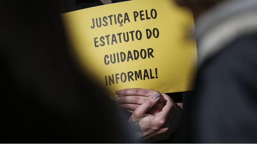 Segurança Social já recebeu 191 requerimentos para estatuto do cuidador informal