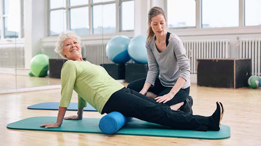 Pilates melhora equilíbrio e reduz medo de cair na terceira idade