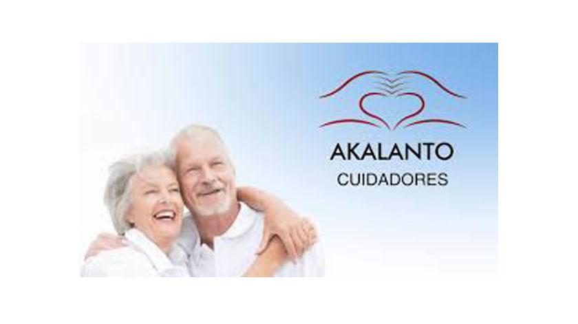 Akalanto Longevidade promove curso para formação de cuidadores