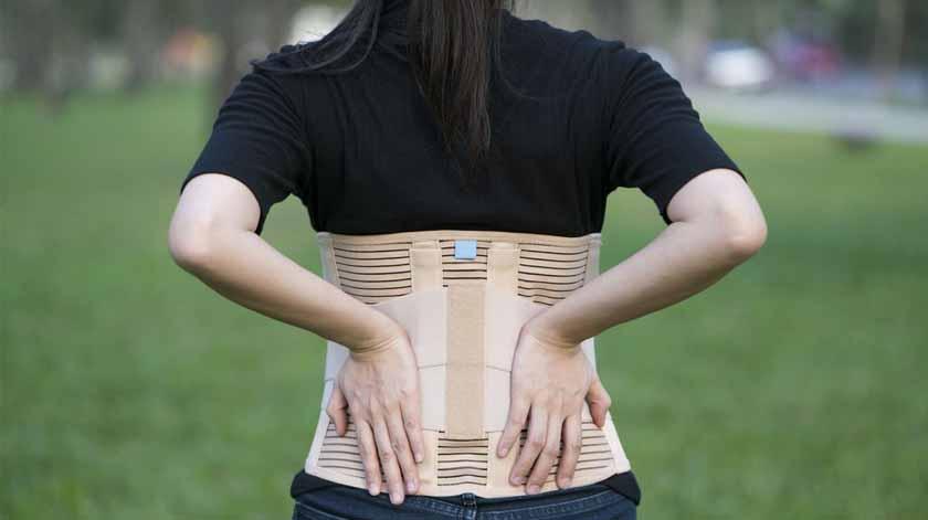 Coletes ortopédicos sem vantagens no tratamento de fraturas da coluna – estudo