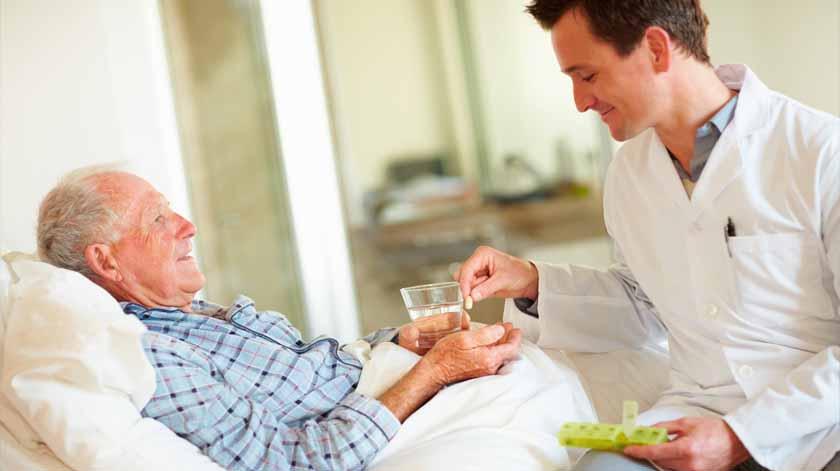 Guia prático para cuidar de um idoso acamado