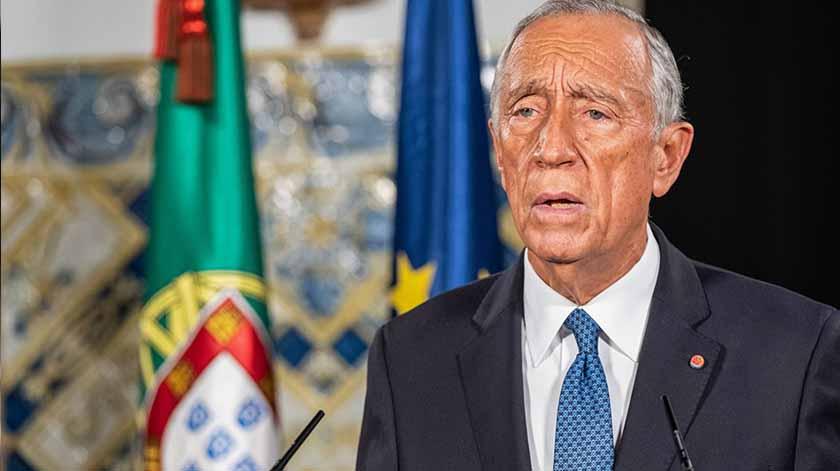 Marcelo afasta vacinação de políticos antes de milhares de idosos