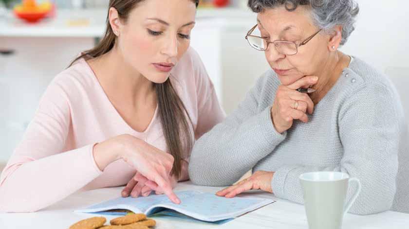 Covid-19: Publicada dispensa de documentos para reconhecer estatuto de cuidador informal