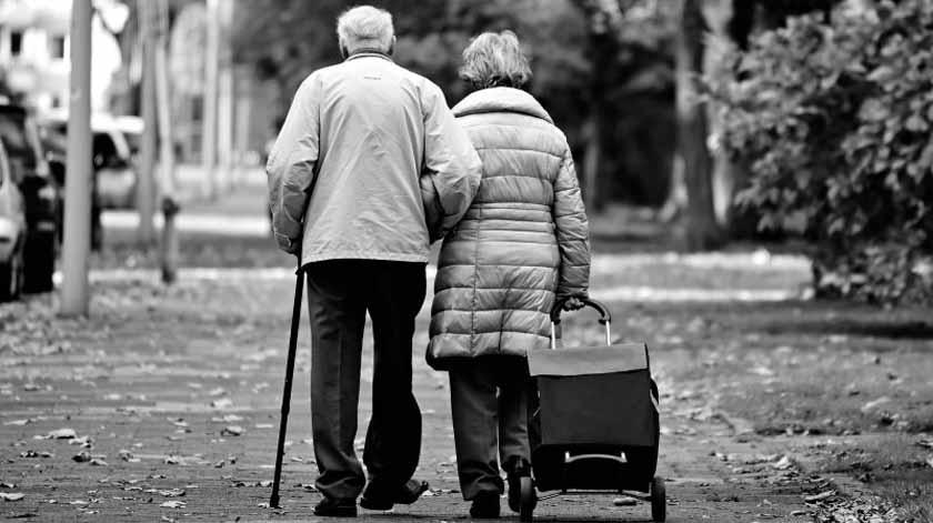 """Vaticano propõe """"revolução"""" para devolver os idosos a um ambiente doméstico"""
