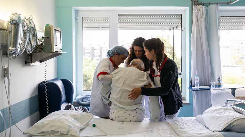 Projeto apoia cuidados paliativos nos doentes com cancro do intestino