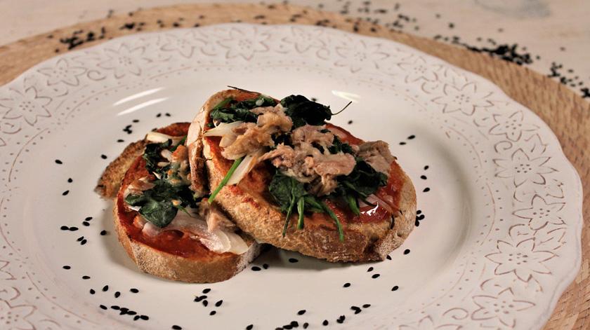 Sugestão de almoço/jantar: bruchetta de atum