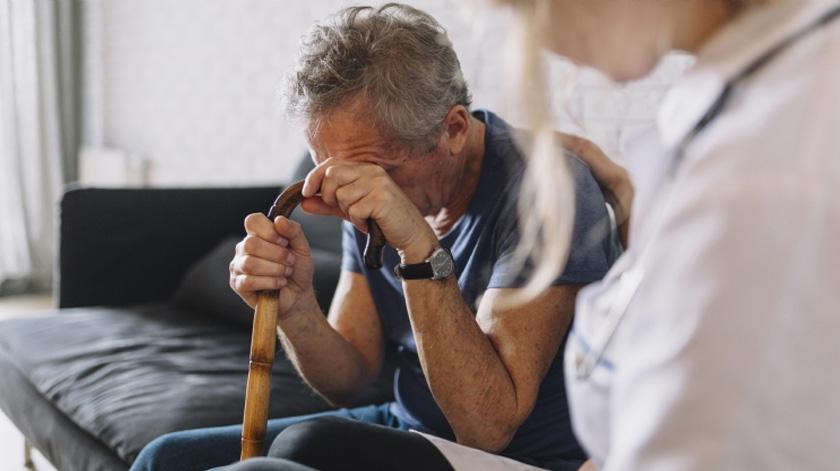 Combater o preconceito contra os mais velhos