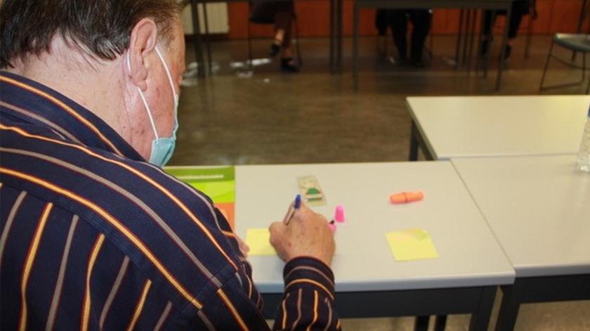 Idosos ajudam cientistas da UA a desenvolver ferramentas digitais contra a solidão