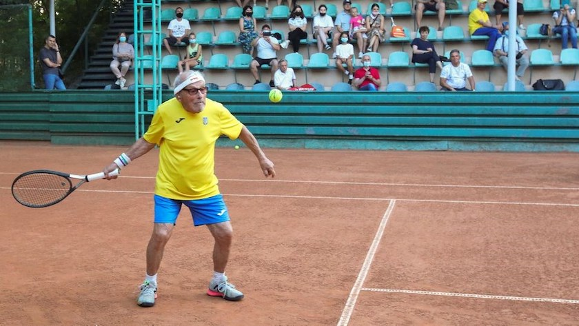 O jogador mais velho do mundo tem 97 anos e ainda joga