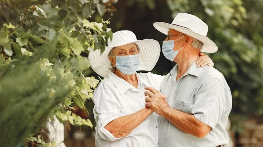 Psicólogos procuram apoiar idosos na adaptação ao impacto da pandemia